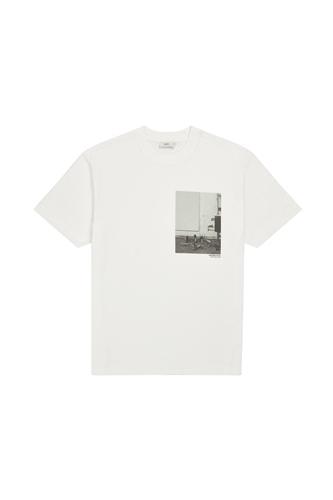 CLOSED - Printed T-Shirt