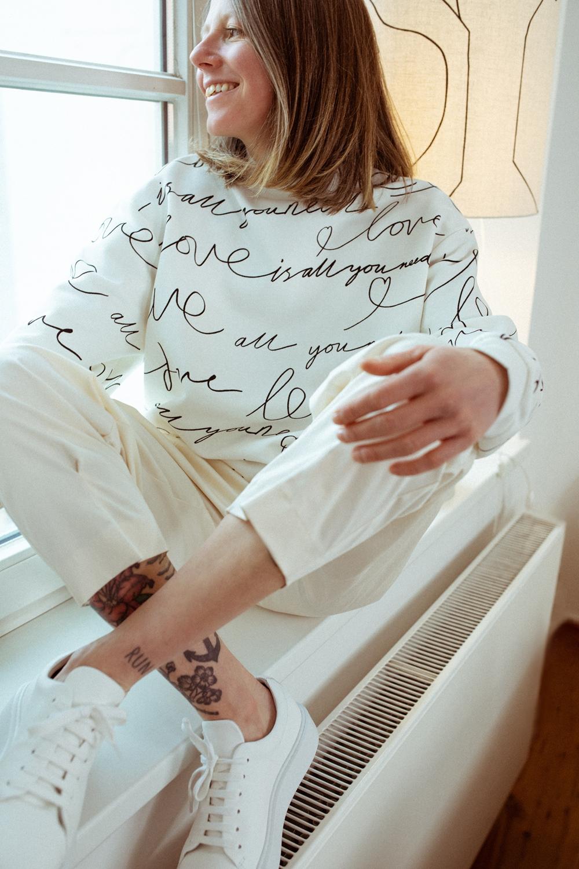 IHEART - Valencia Sweatshirt